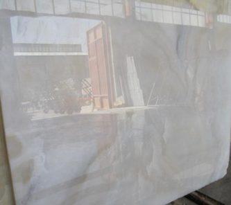white onyx slab2cm